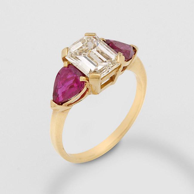 Eleganter Diamant-Rubinring