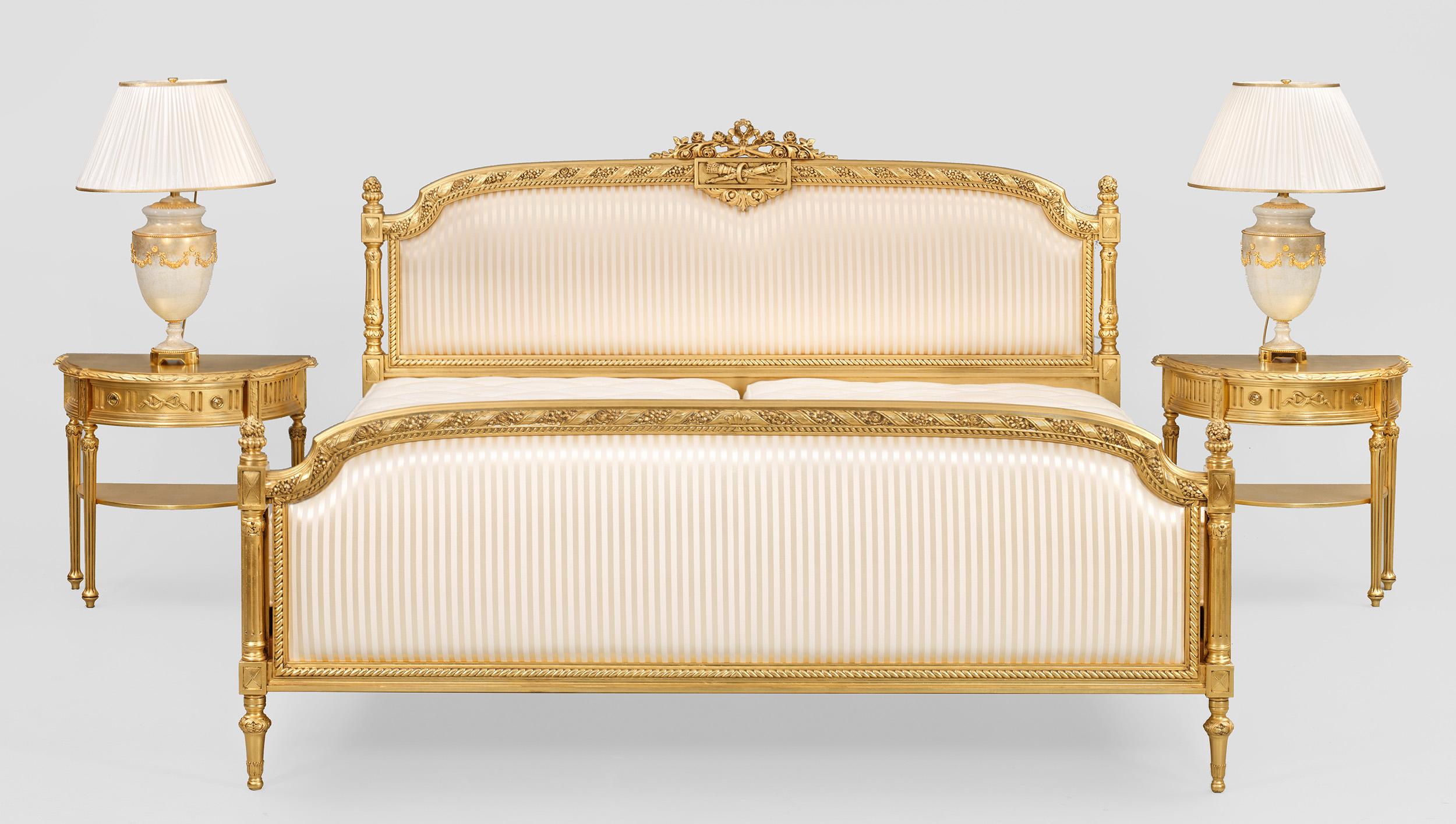 Elegante Schlafzimmereinrichtung im Louis XVI-Stil